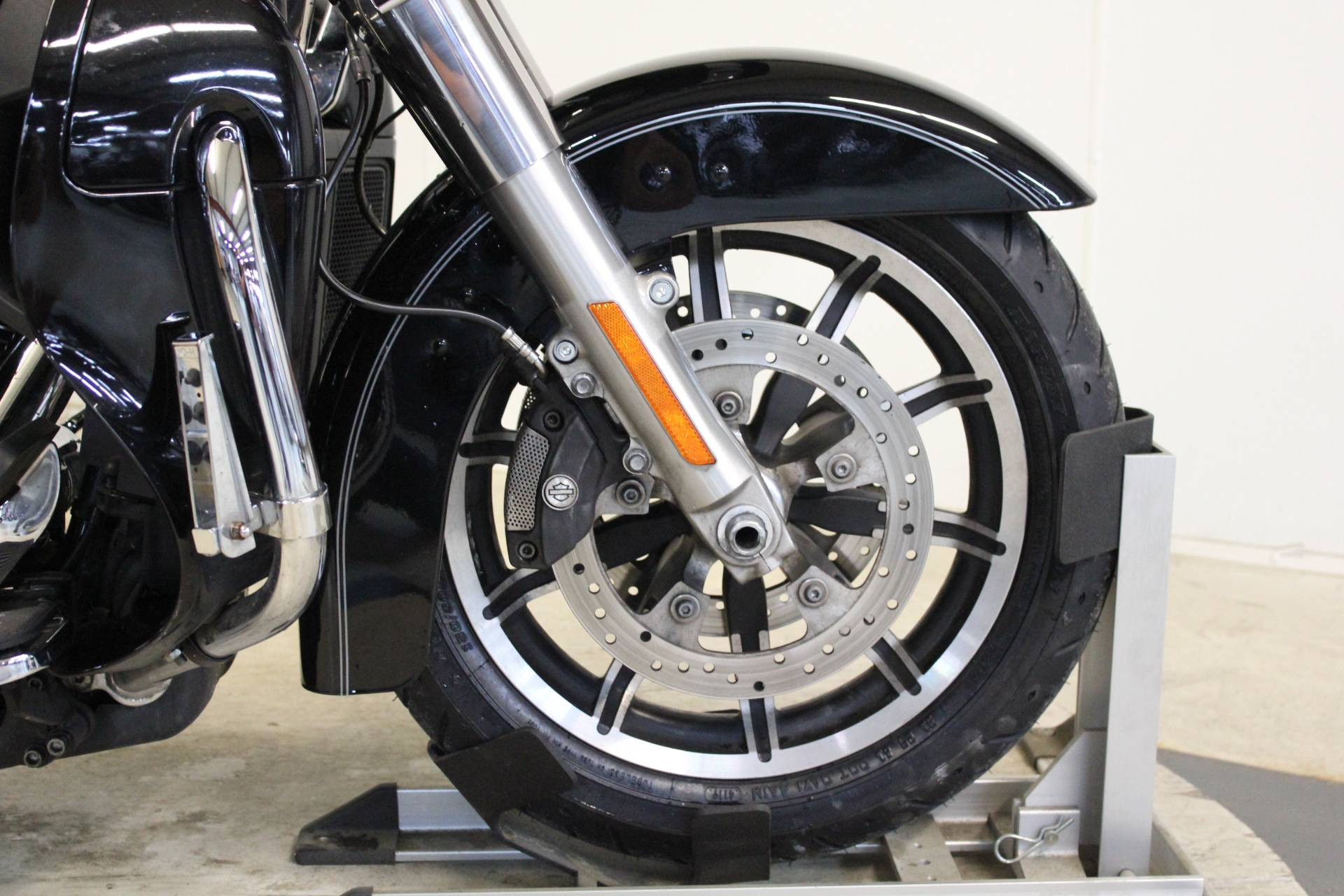 2016 Harley-Davidson Road Glide® Ultra in Pittsfield, Massachusetts - Photo 11