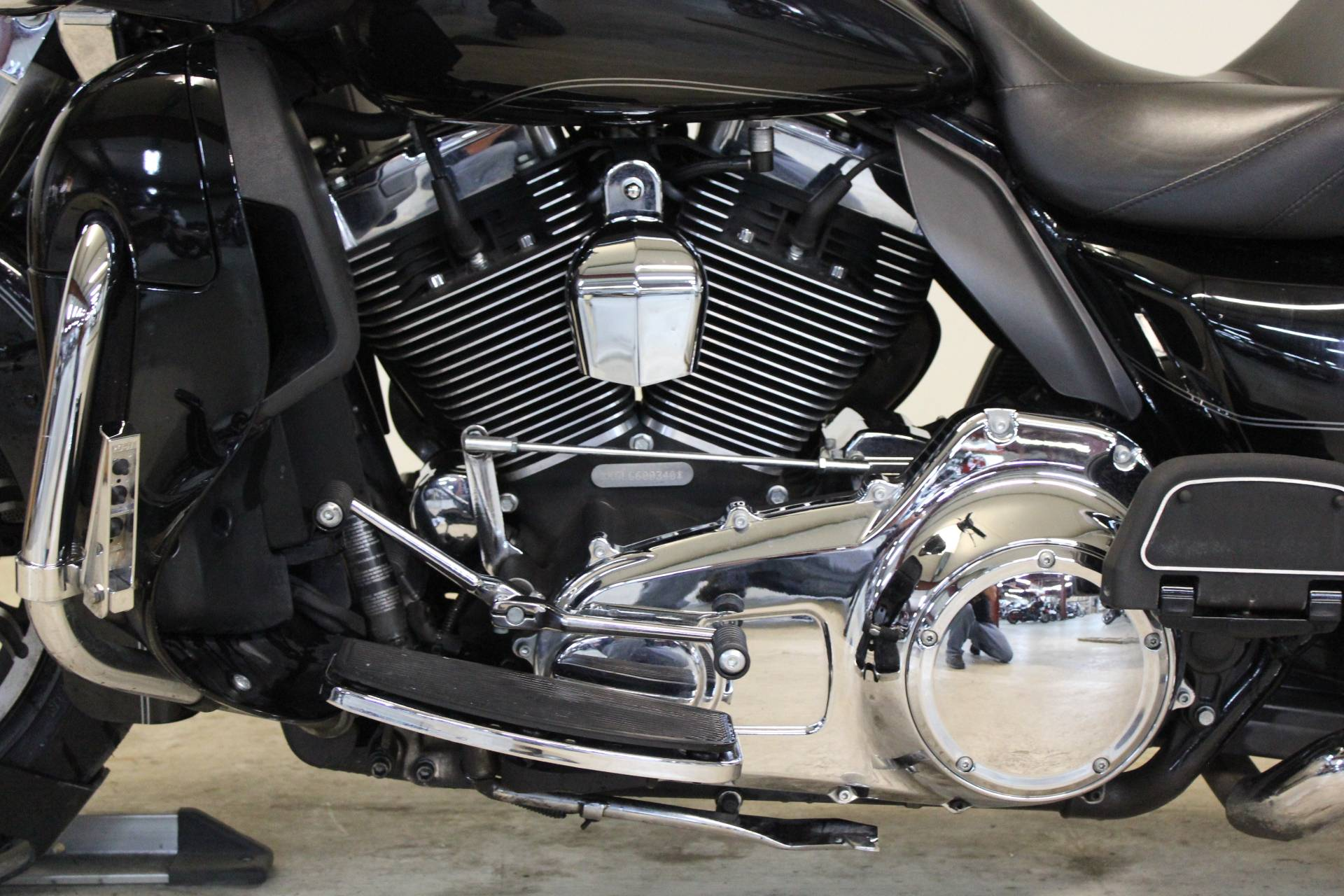 2016 Harley-Davidson Road Glide® Ultra in Pittsfield, Massachusetts - Photo 13