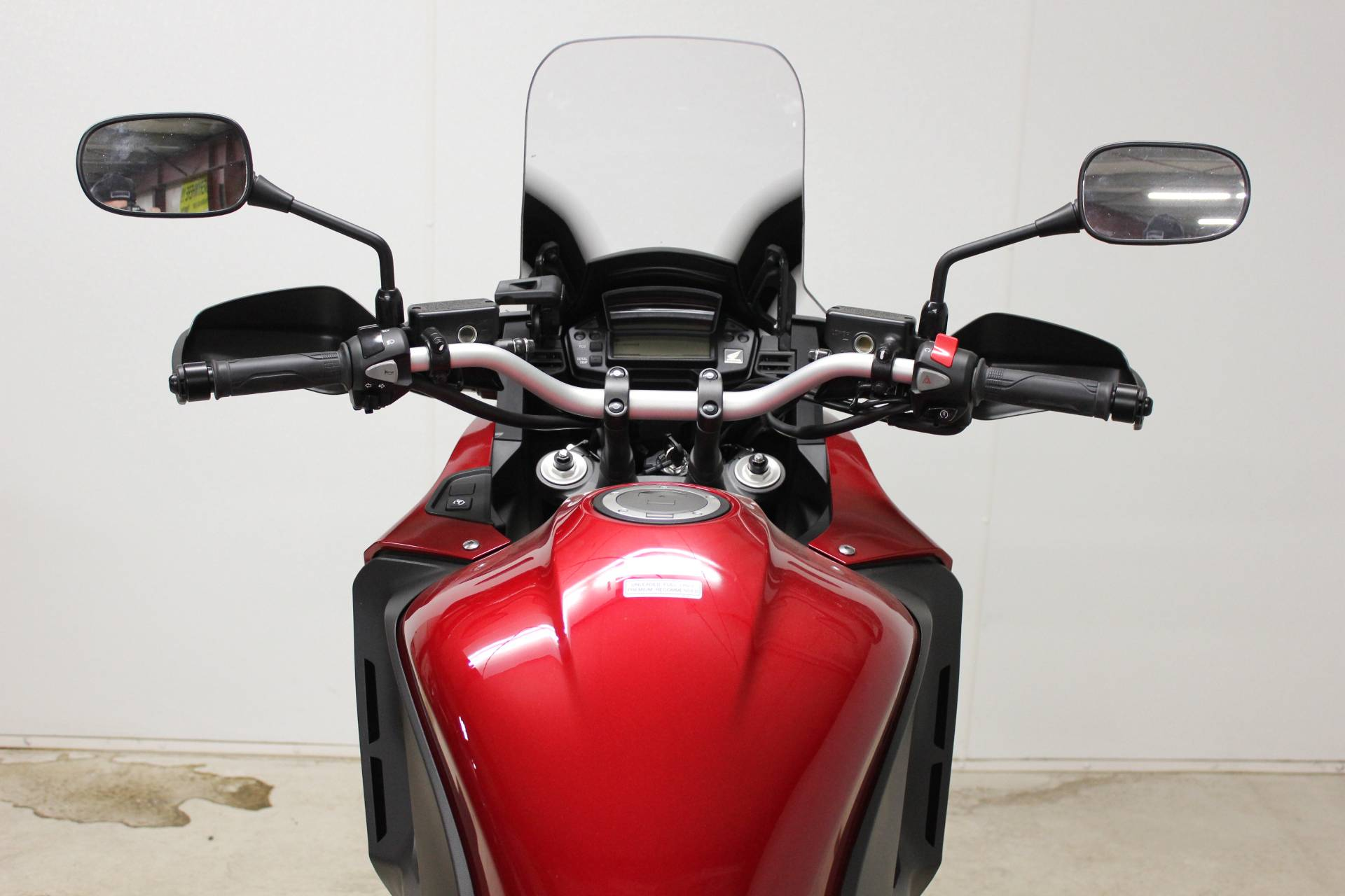 2017 Honda VFR1200X in Pittsfield, Massachusetts - Photo 15