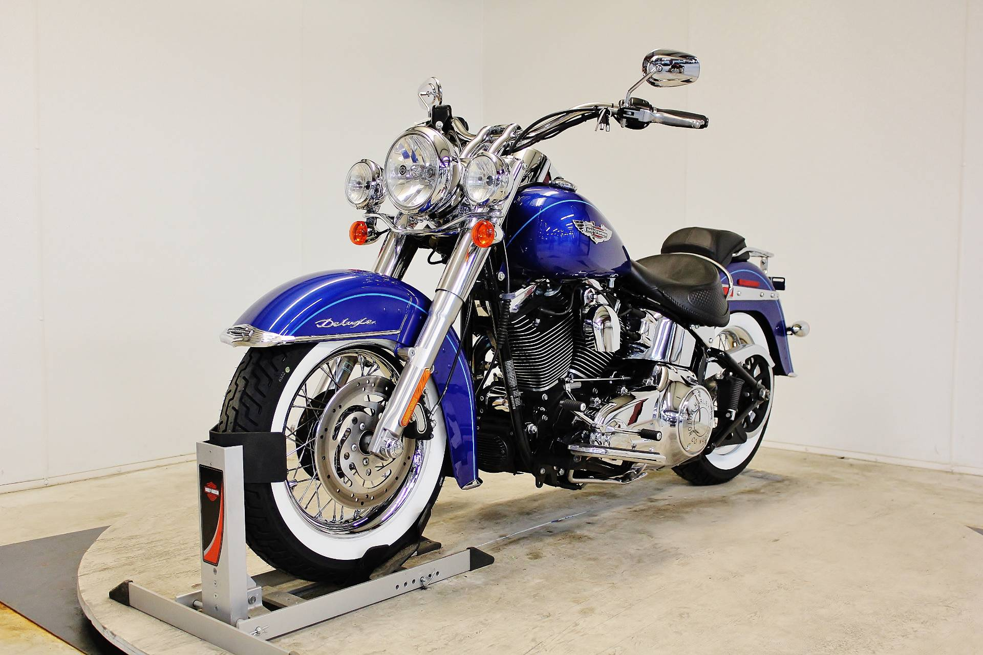 2010 Harley-Davidson Softail® Deluxe in Pittsfield, Massachusetts
