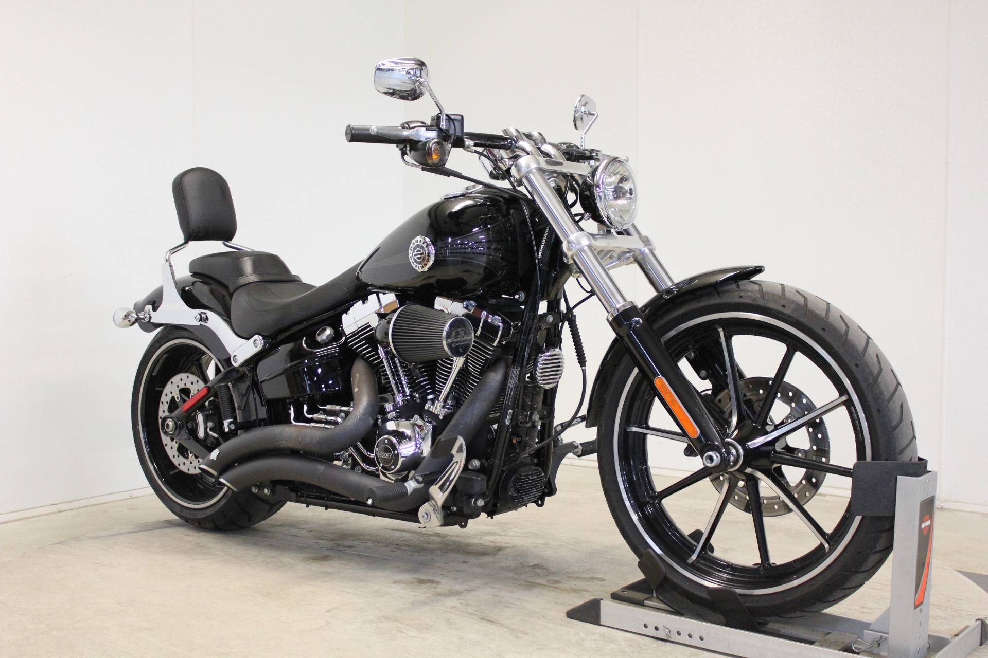 2014 Harley-Davidson Breakout® in Pittsfield, Massachusetts - Photo 2