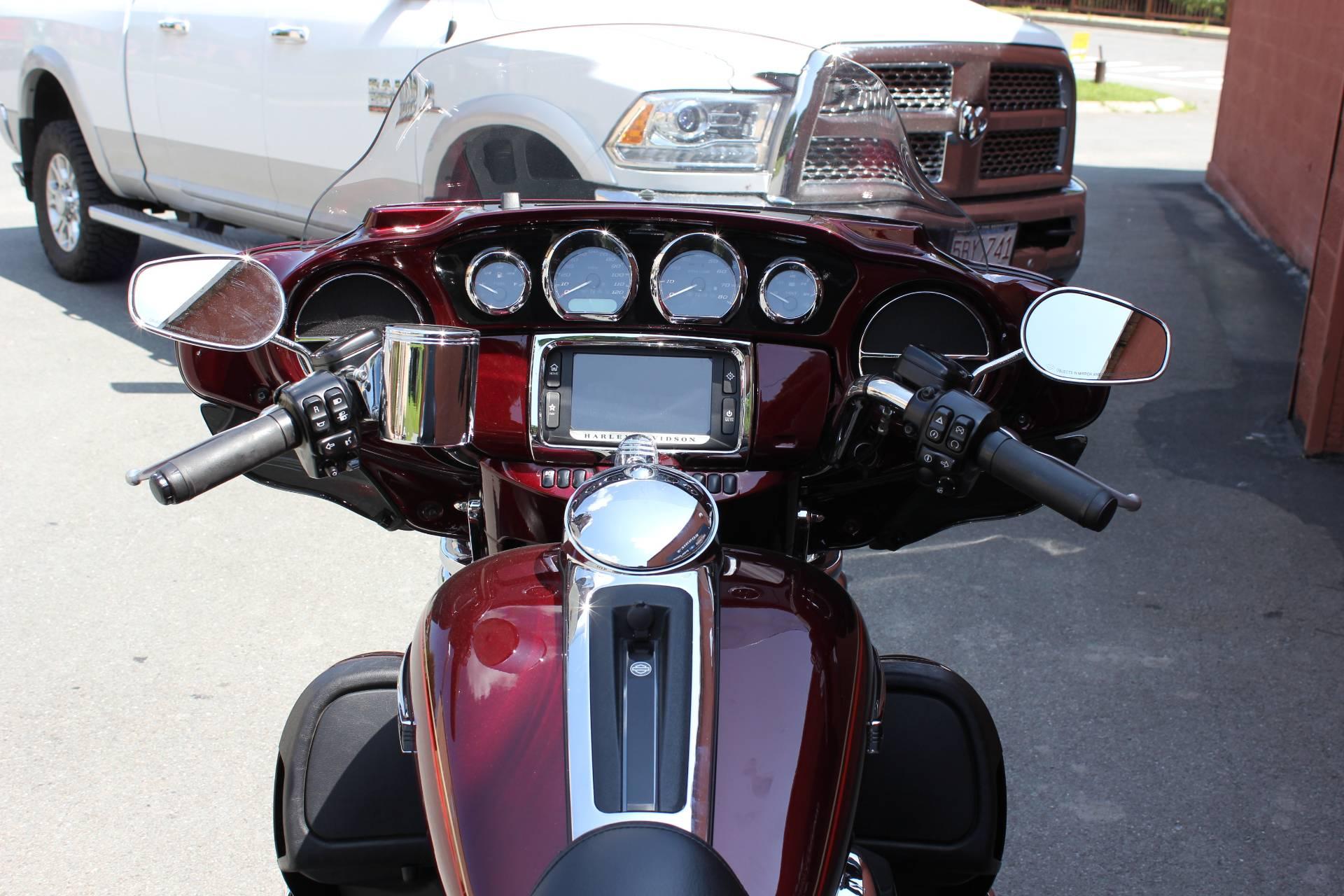 2016 Harley-Davidson Tri Glide® Ultra in Pittsfield, Massachusetts