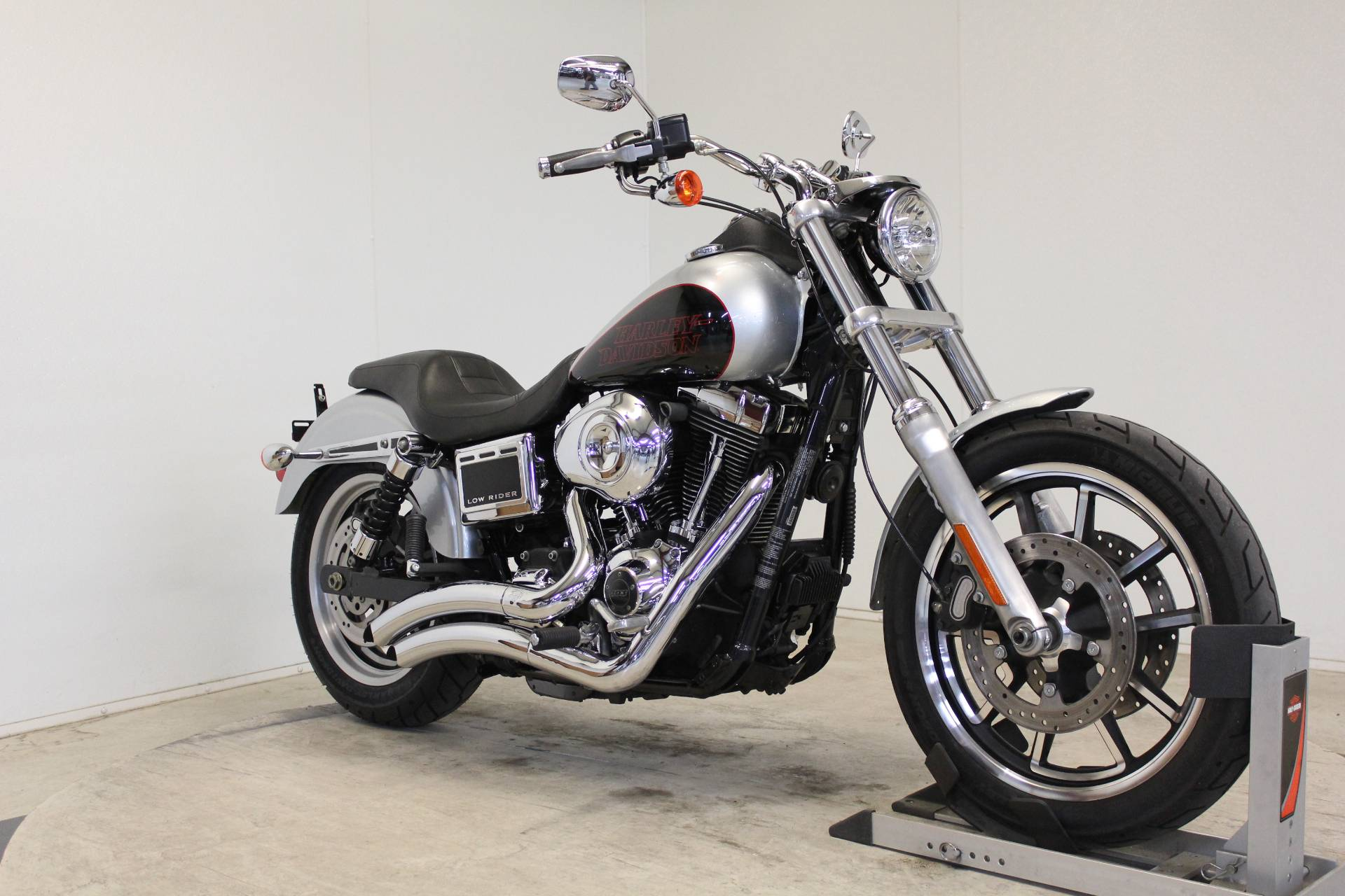 2015 Harley-Davidson Low Rider® in Pittsfield, Massachusetts - Photo 2