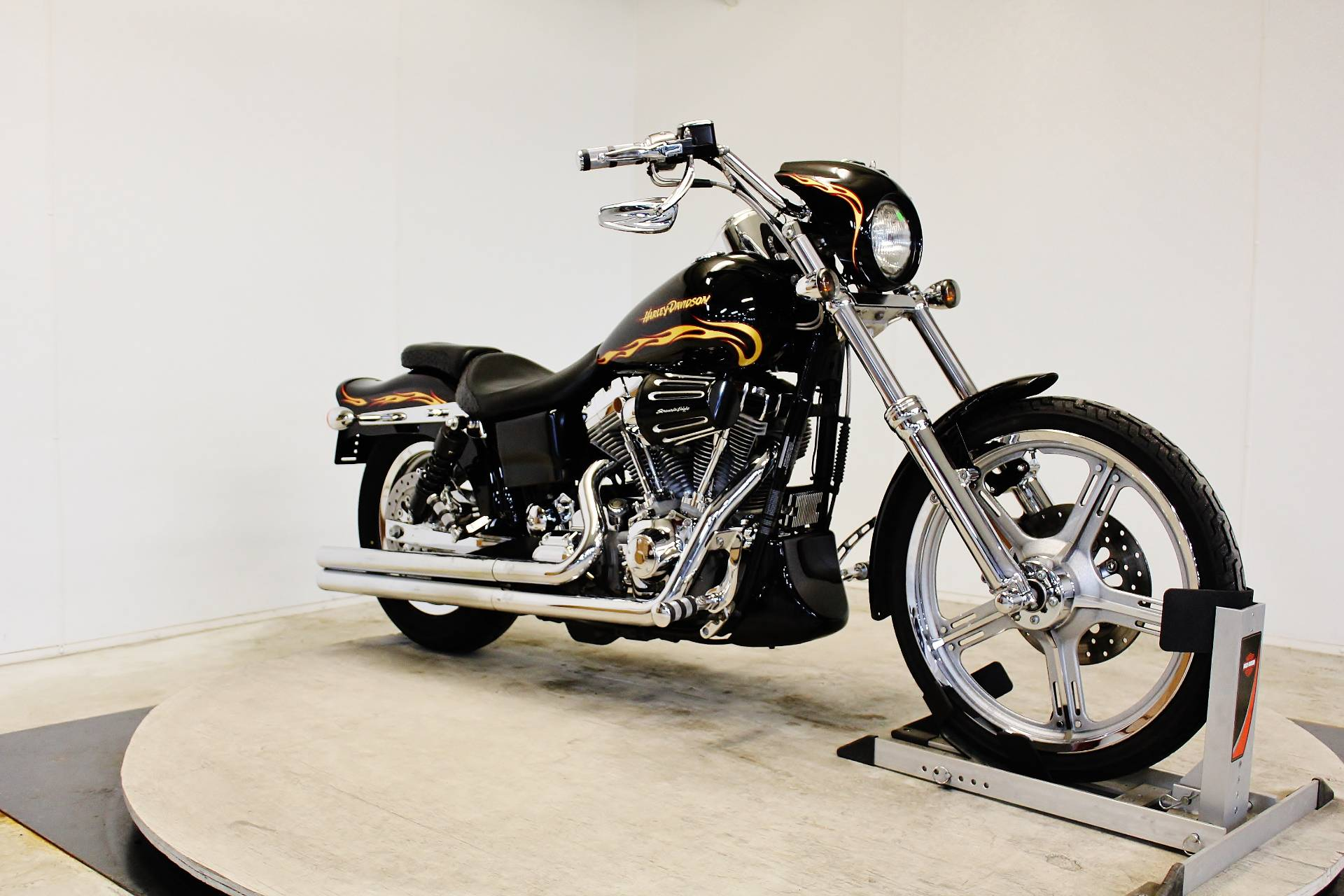 2002 Harley-Davidson FXDWG3 Dyna Wide Glide in Pittsfield, Massachusetts
