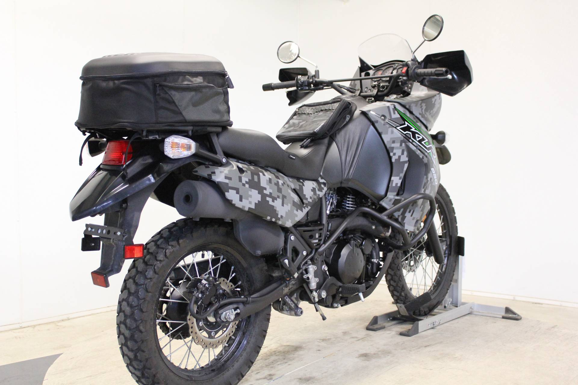 2018 Kawasaki KLR 650 Camo in Pittsfield, Massachusetts - Photo 8