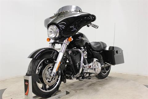2010 Harley-Davidson Street Glide® in Pittsfield, Massachusetts - Photo 4
