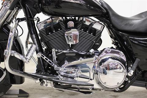 2010 Harley-Davidson Street Glide® in Pittsfield, Massachusetts - Photo 13