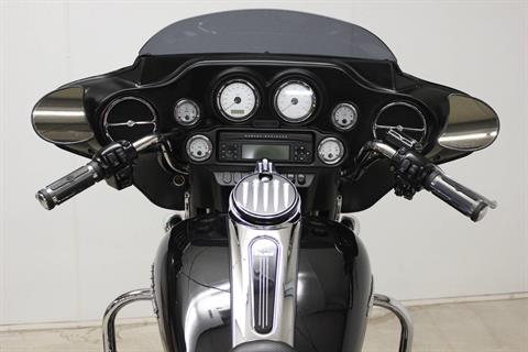 2010 Harley-Davidson Street Glide® in Pittsfield, Massachusetts - Photo 15