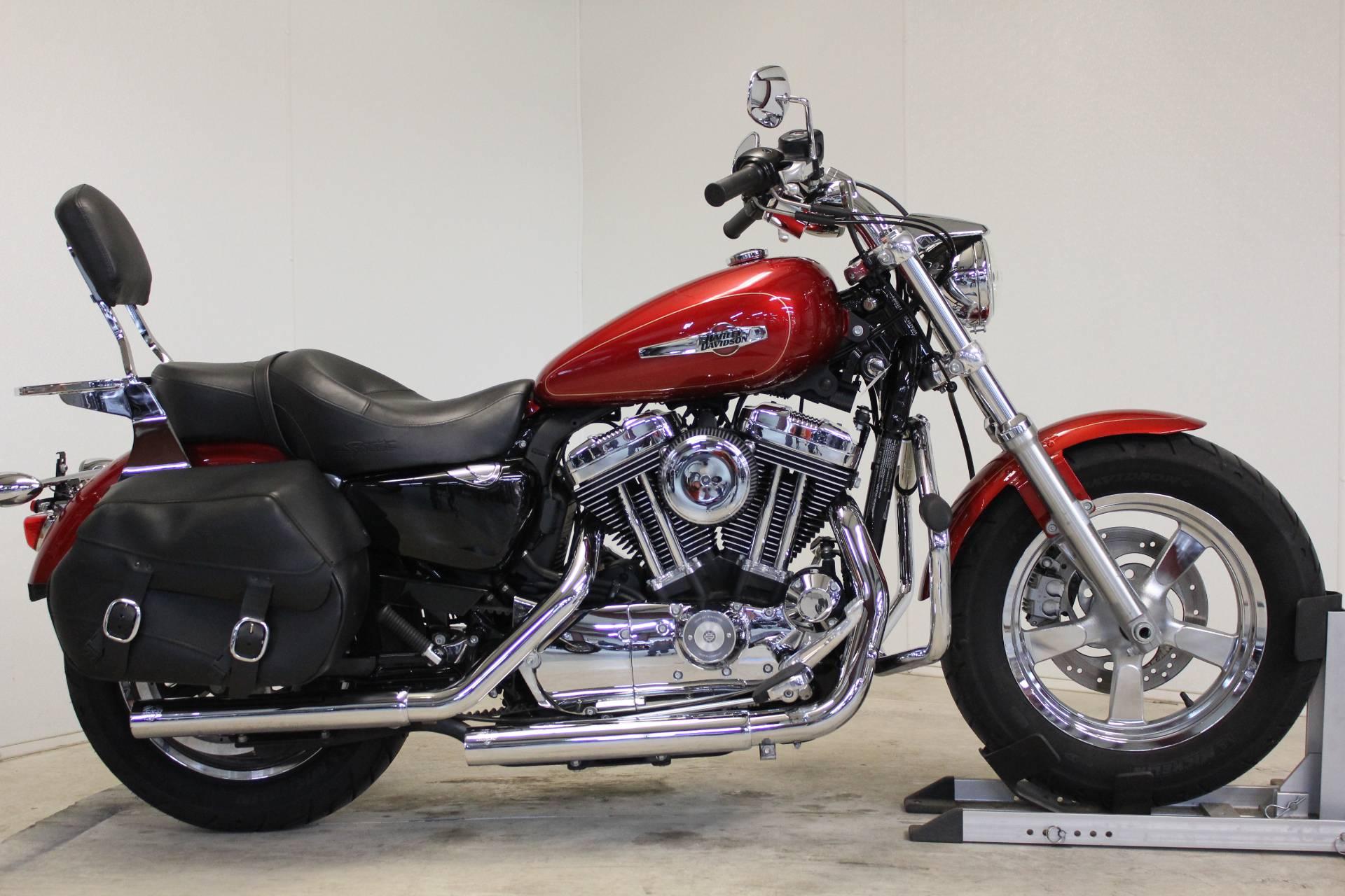 2013 Harley-Davidson Sportster® 1200 Custom in Pittsfield, Massachusetts