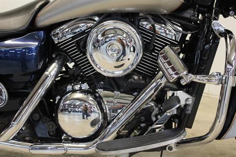 2005 Kawasaki Vulcan 1600 Nomad in Pittsfield, Massachusetts - Photo 9