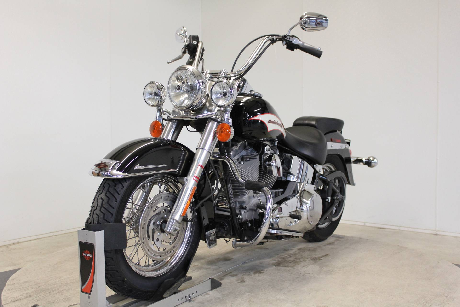 2006 Harley-Davidson Heritage Softail® in Pittsfield, Massachusetts - Photo 4