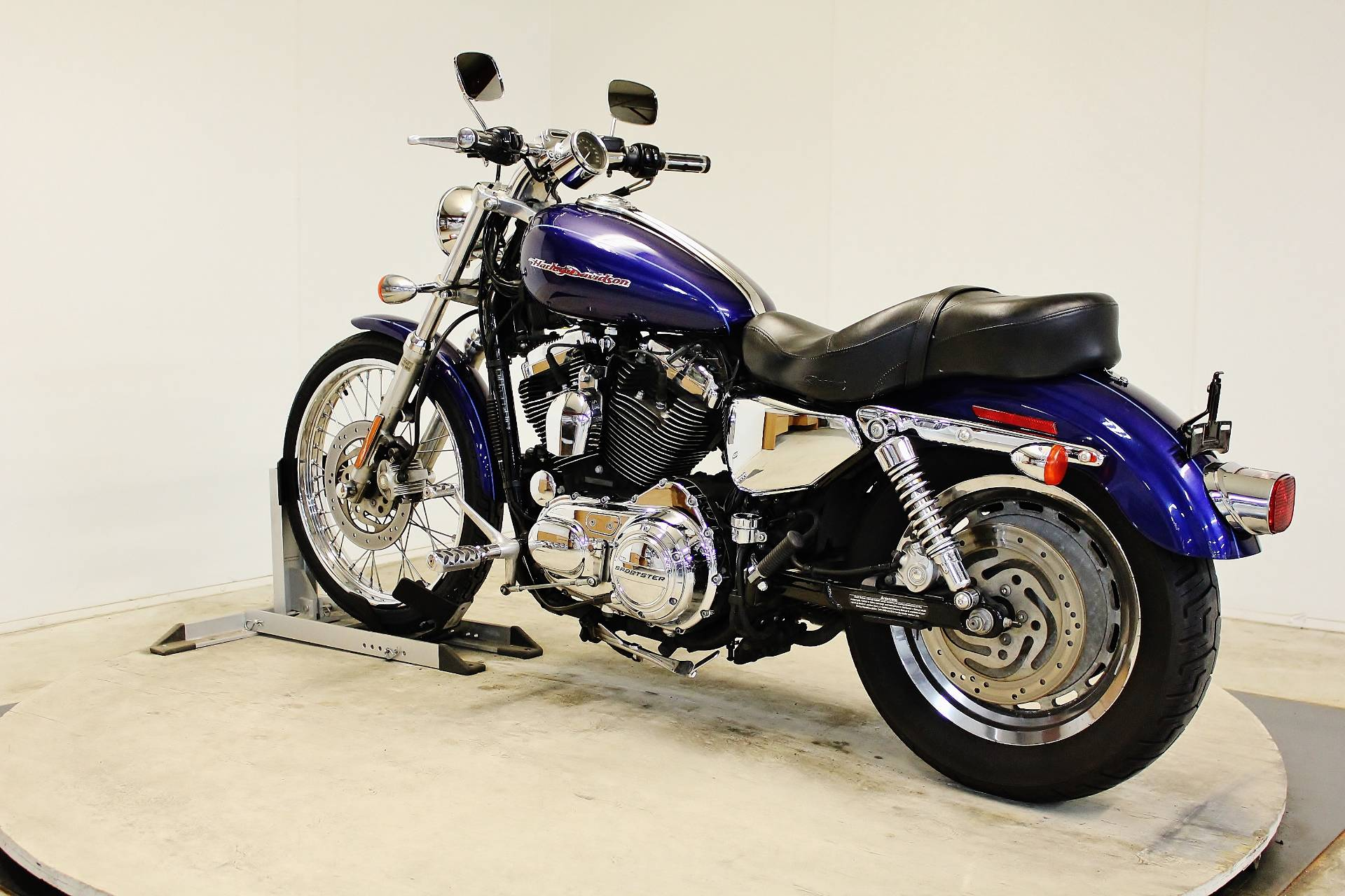 2006 Harley-Davidson Sportster® 1200 Custom in Pittsfield, Massachusetts