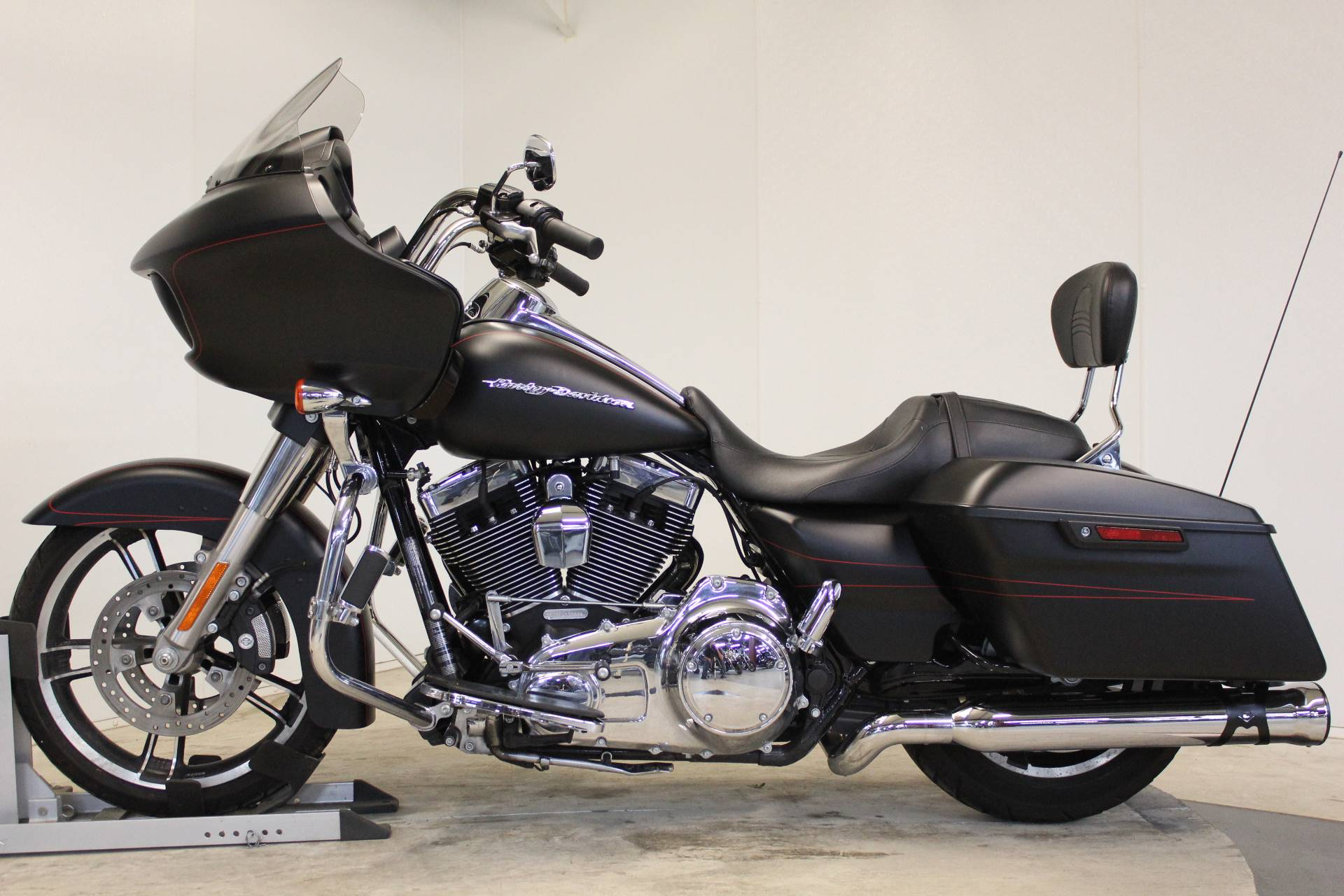 2015 Harley-Davidson Road Glide® in Pittsfield, Massachusetts