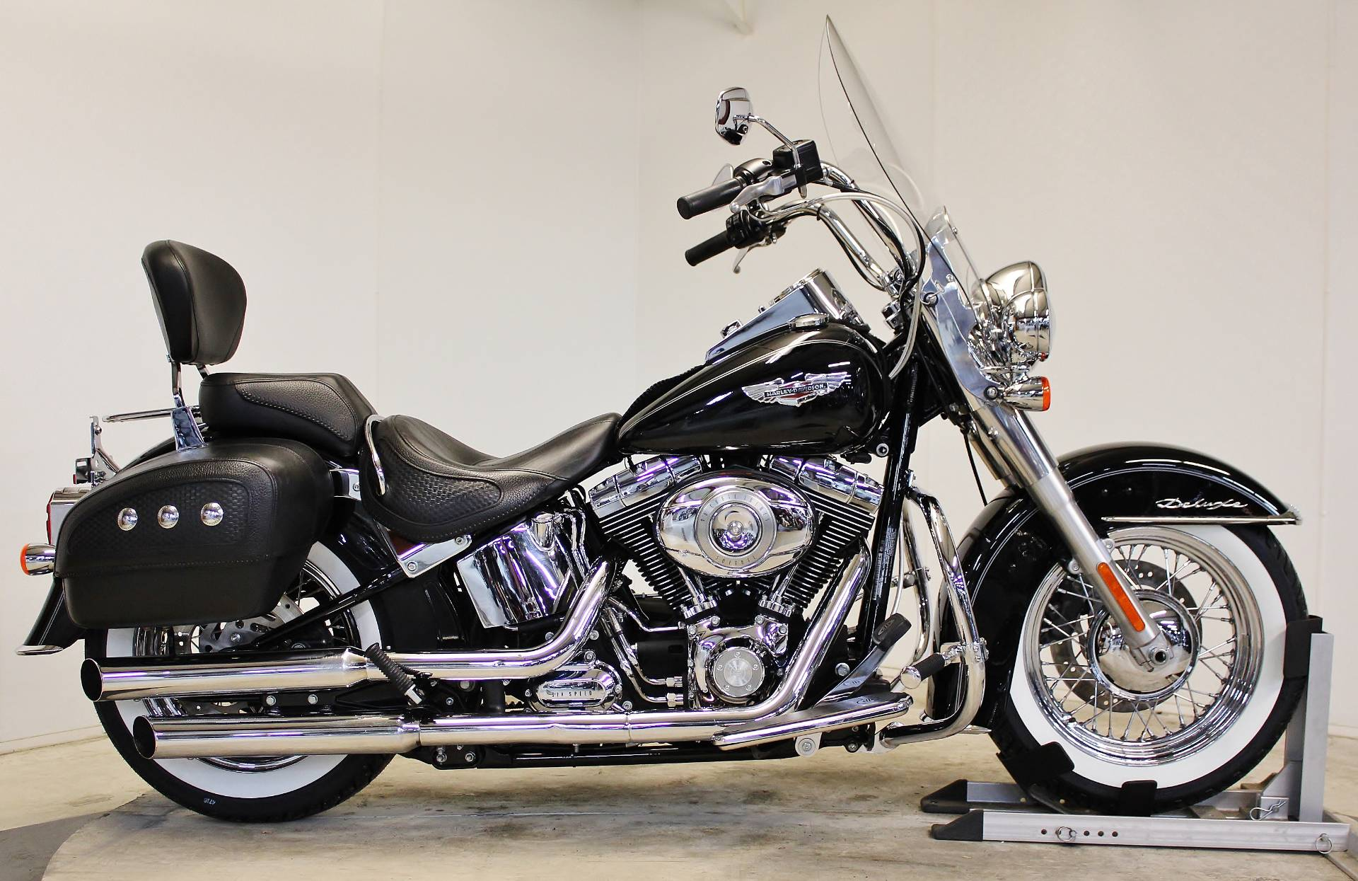 used 2011 harley davidson softail deluxe motorcycles in. Black Bedroom Furniture Sets. Home Design Ideas