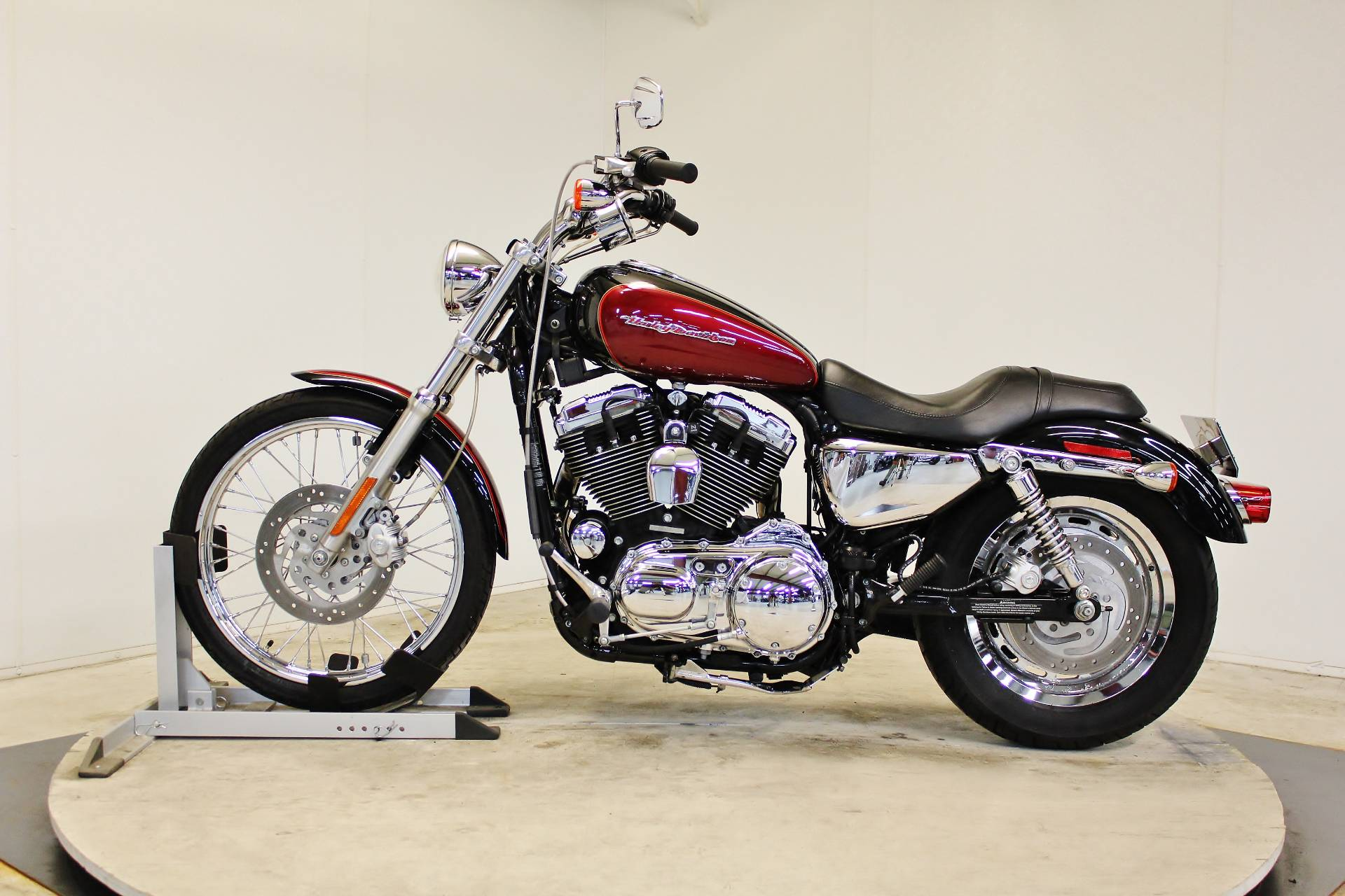 2005 Harley-Davidson Sportster® XL 1200 Custom in Pittsfield, Massachusetts