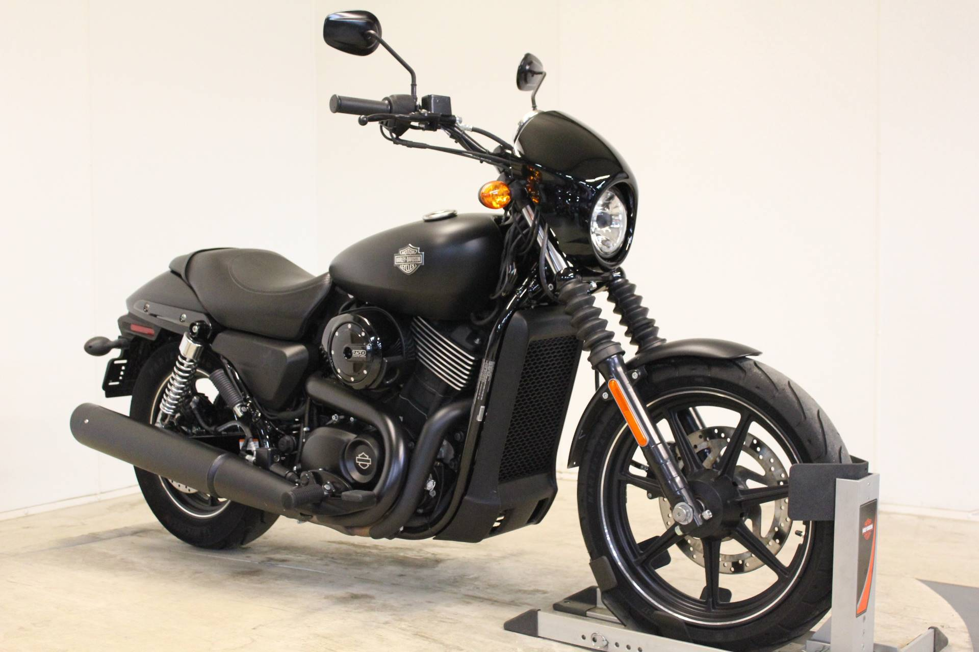2015 Harley-Davidson Street™ 750 in Pittsfield, Massachusetts