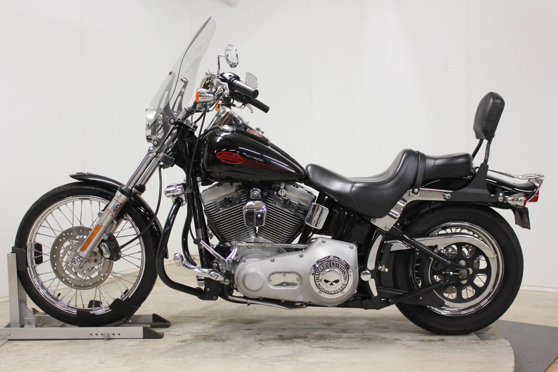 2005 Harley-Davidson FXST/FXSTI Softail® Standard in Pittsfield, Massachusetts - Photo 5