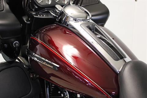 2016 Harley-Davidson Road Glide® Ultra in Pittsfield, Massachusetts - Photo 16