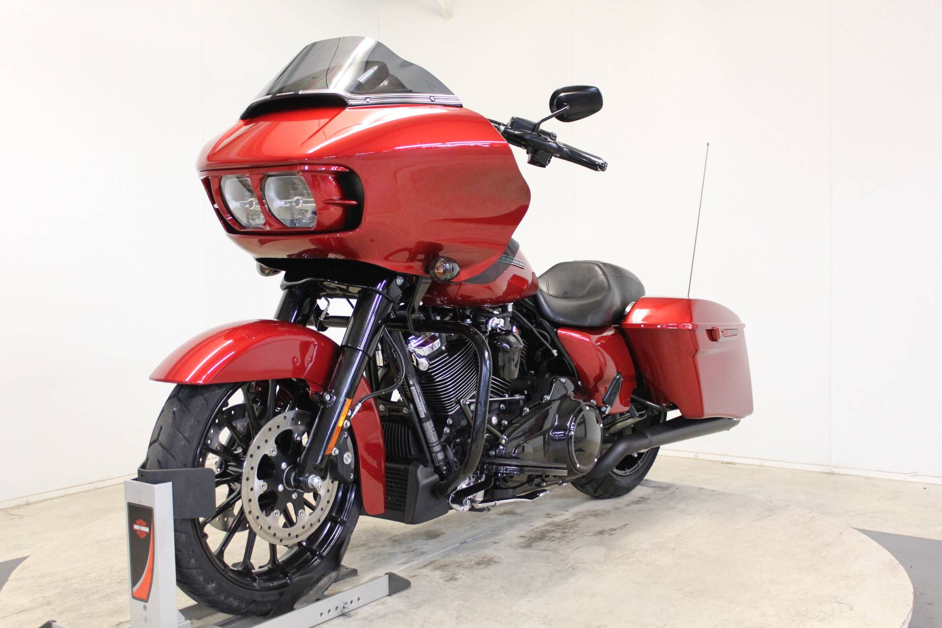 2018 Harley-Davidson Road Glide® Special in Pittsfield, Massachusetts - Photo 4