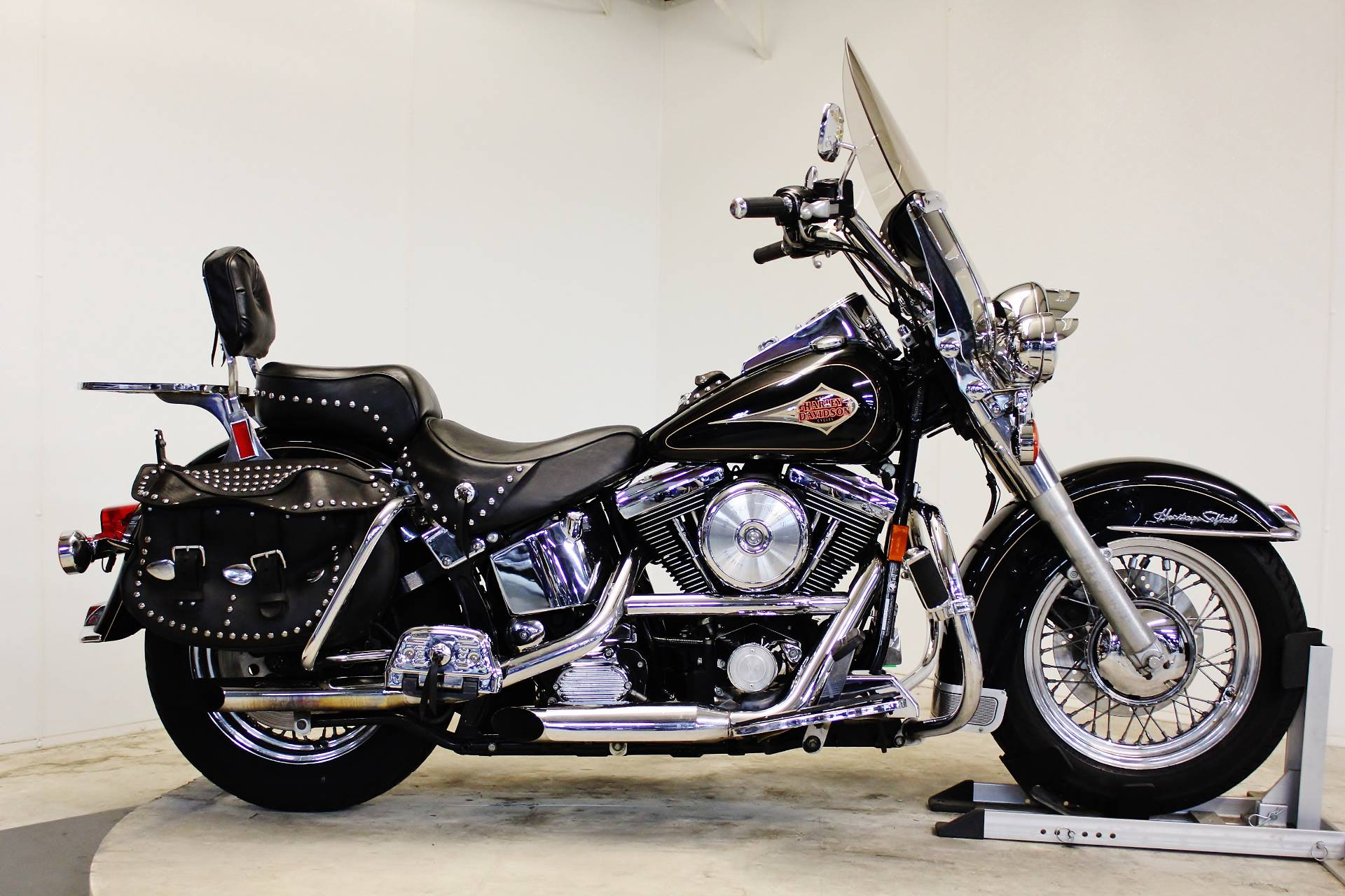 1998 Harley-Davidson Heritage Softail in Pittsfield, Massachusetts