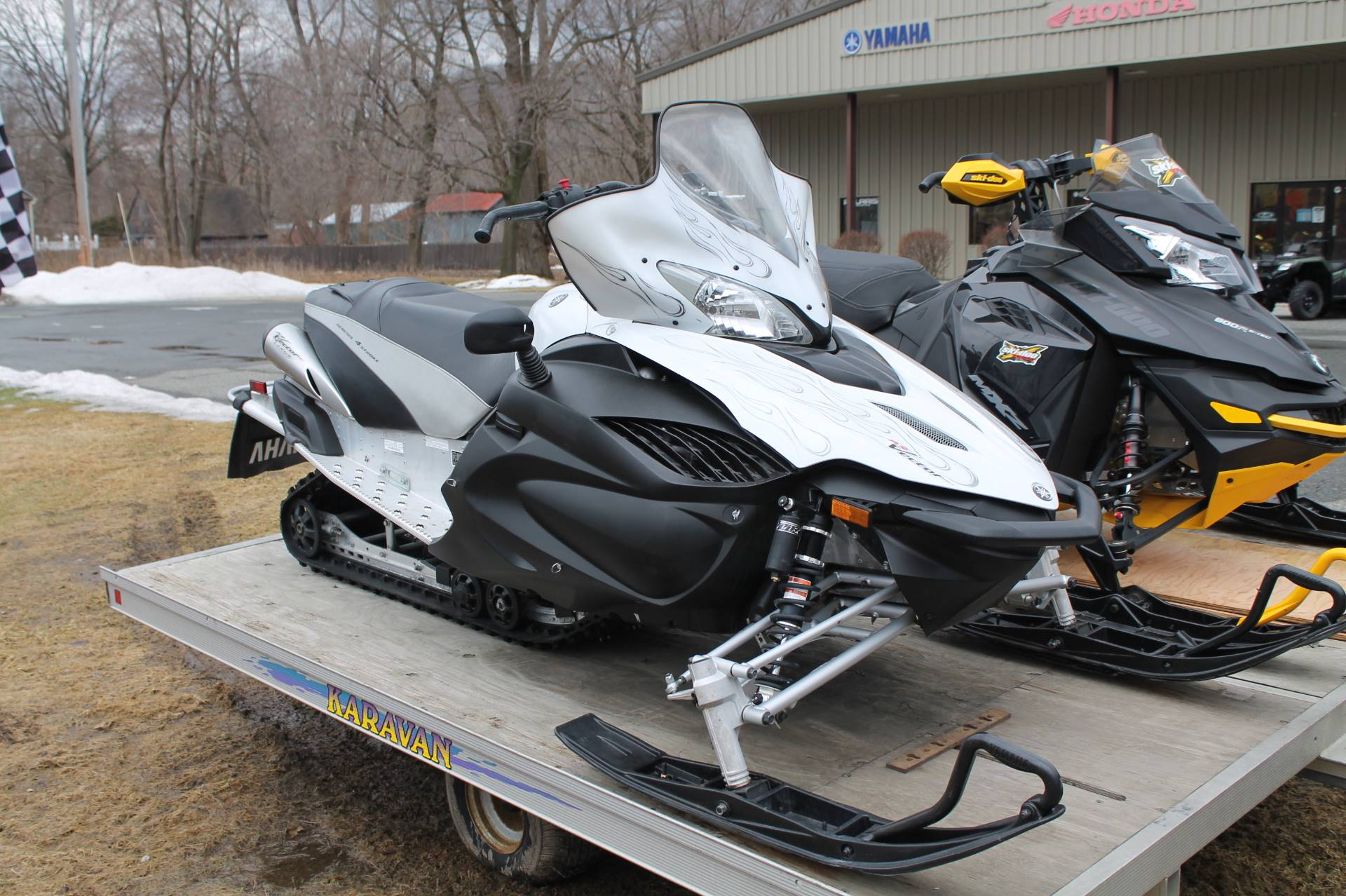 Used 2010 yamaha rs vector gt snowmobiles in adams ma for Yamaha credit card phone number