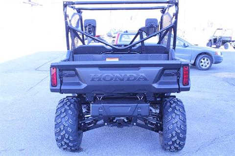 2016 Honda Pioneer 1000 in Adams, Massachusetts