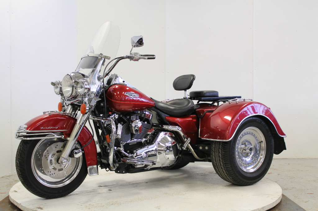 1999 Harley-Davidson Road King in Adams, Massachusetts