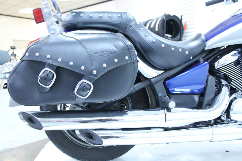 2010 Kawasaki Vulcan® 900 Classic LT in Adams, Massachusetts