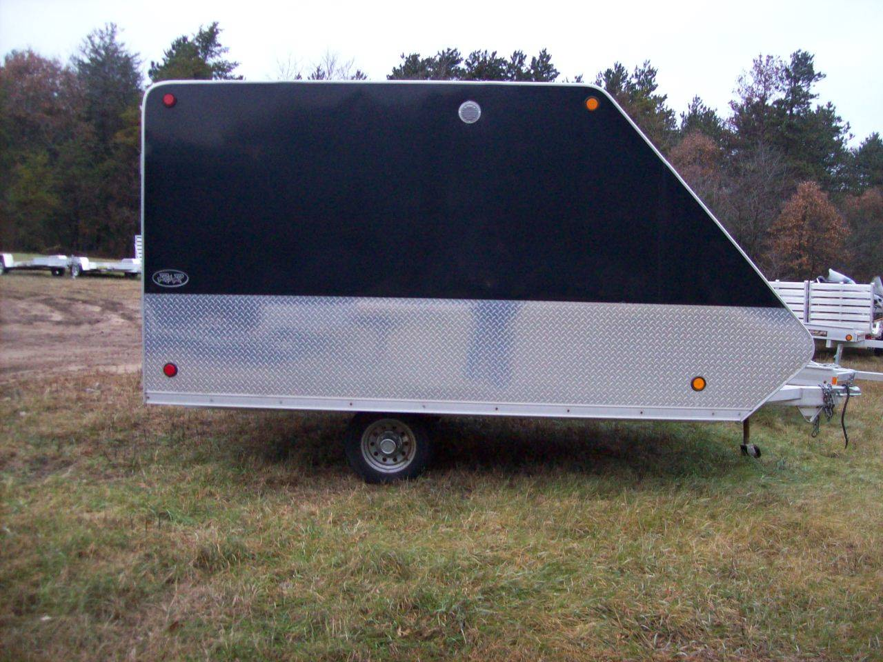 2012 R&R Trailers 2 Place Enclosed in Wisconsin Rapids, Wisconsin
