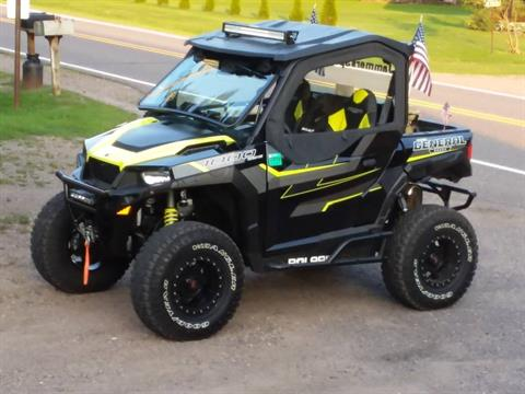 2017 Polaris General 1000 EPS Deluxe in Wisconsin Rapids, Wisconsin
