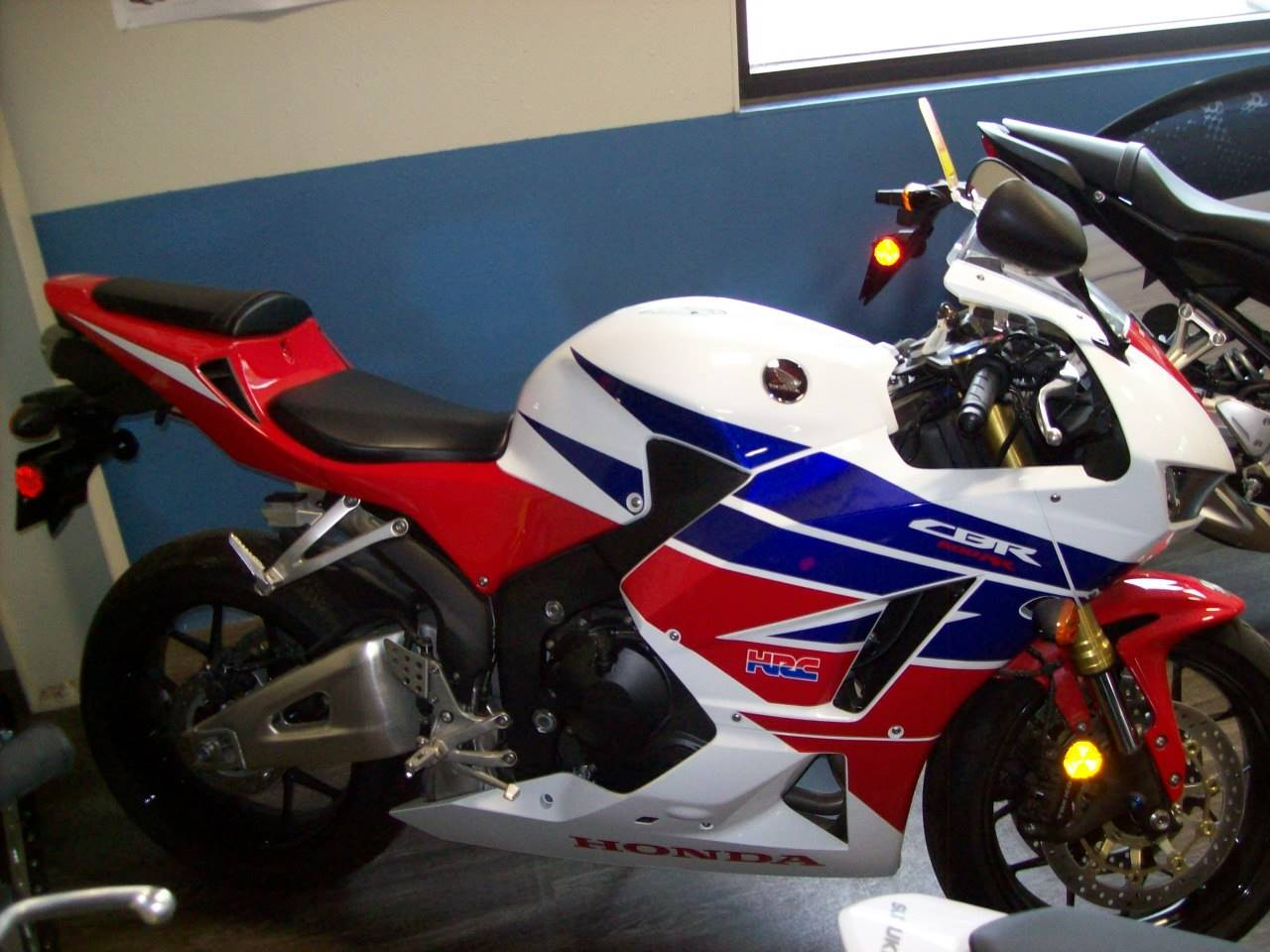 Used 2014 Honda Cbr600rr White Blue Red Motorcycles In