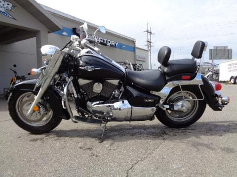 2005 Suzuki Boulevard C90 Black in North Mankato, Minnesota