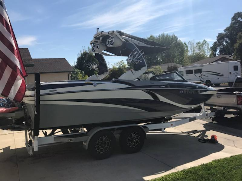 2018 Centurion FI23 DEMO BOAT in Lakeport, California