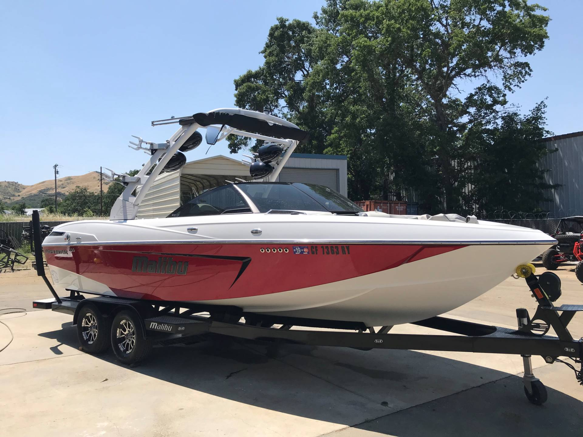 2017 Malibu 23LSV in Lakeport, California - Photo 3