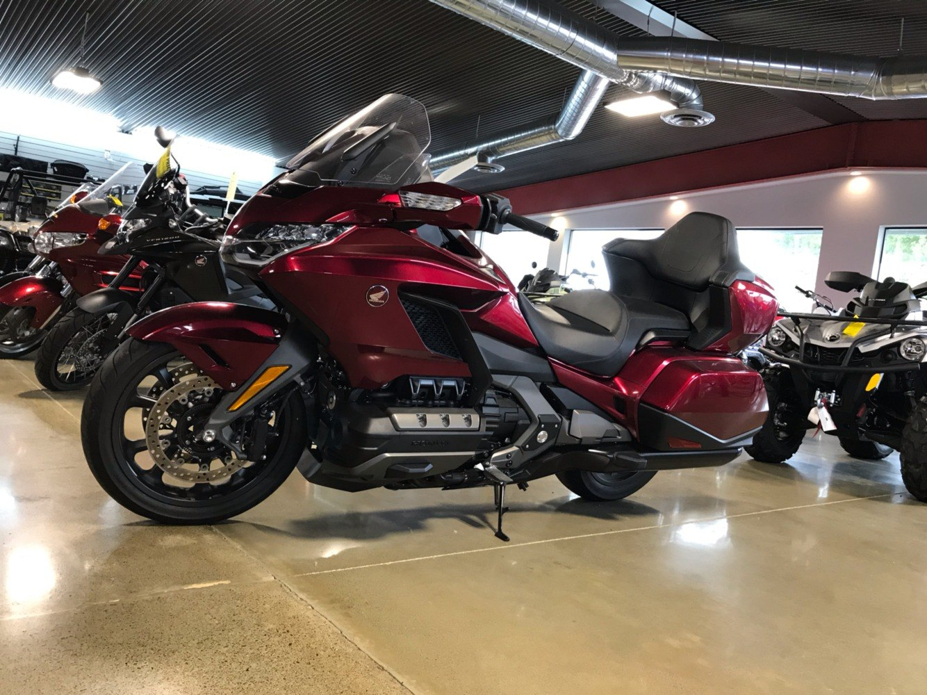 2018 Honda Gold Wing DCT in Lakeport, California - Photo 3