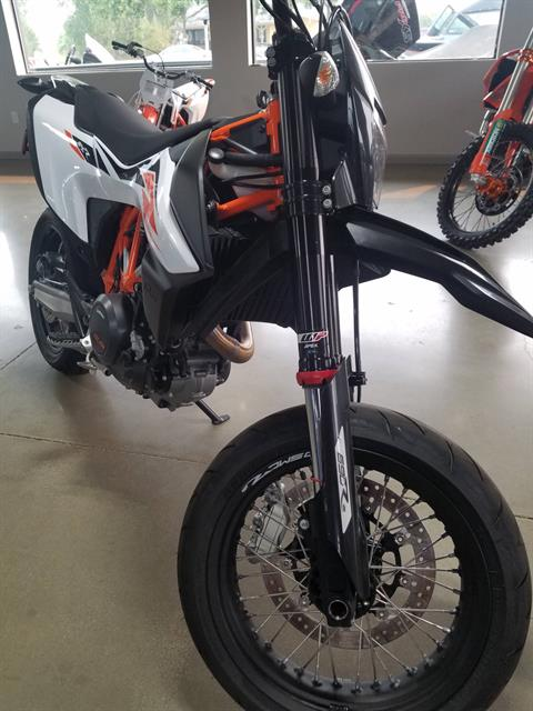 2020 KTM 690 SMC R in Lakeport, California - Photo 3