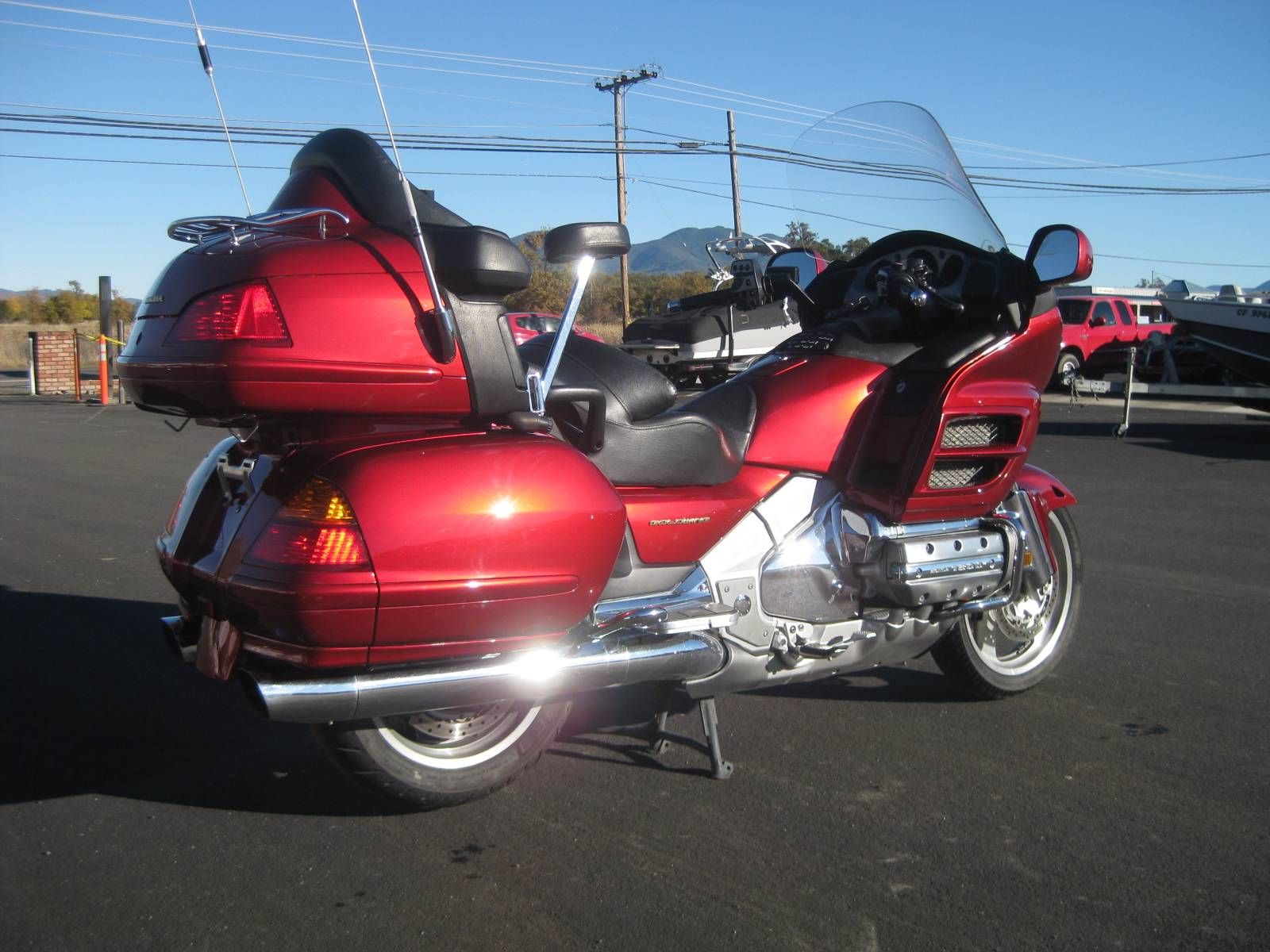2001 Honda GOLDWING in Lakeport, California - Photo 2