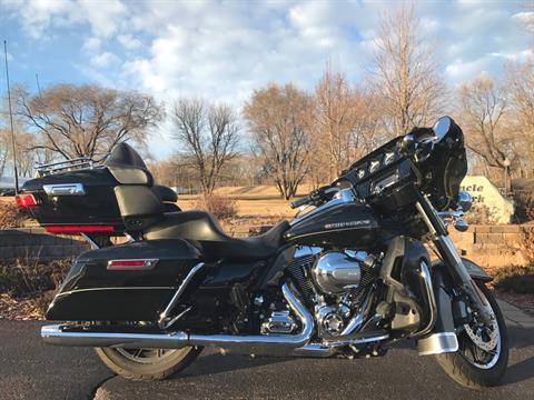 2015 Harley-Davidson Ultra Limited Low in Mankato, Minnesota
