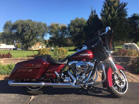 2014 Harley-Davidson Street Glide Special in Mankato, Minnesota