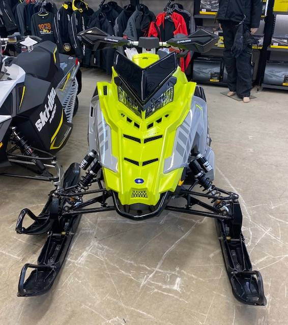 2020 Polaris 600 Indy XC 137 SC in Shawano, Wisconsin - Photo 2