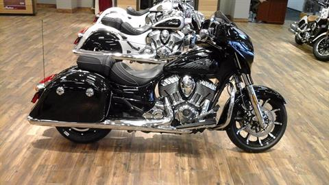 2017 Indian Chieftain® Limited in Ozark, Missouri