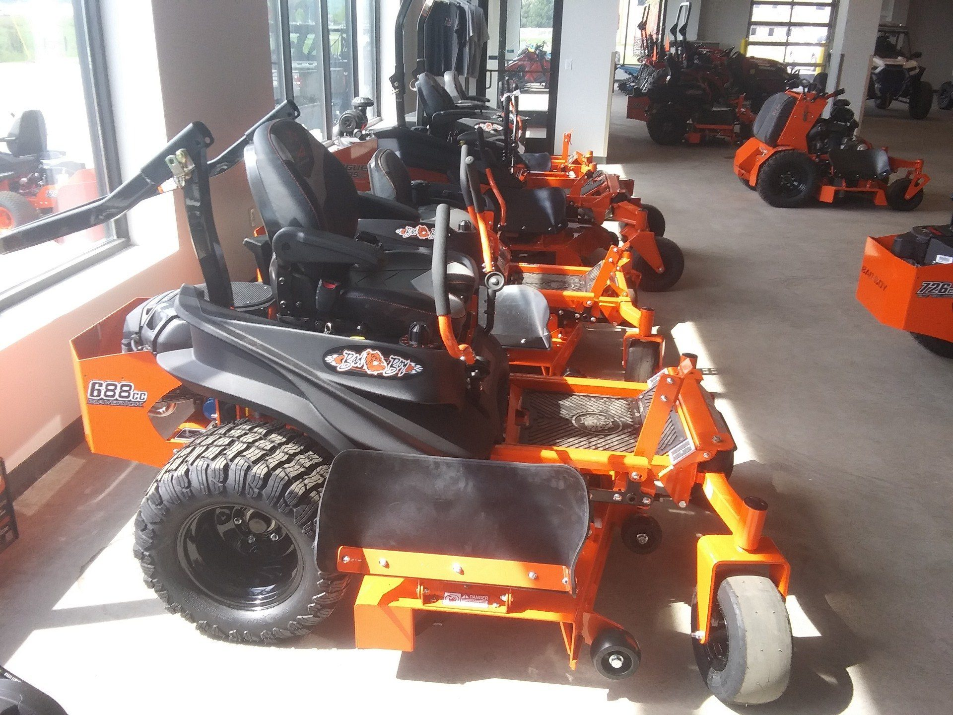 2020 Bad Boy Mowers Maverick 54 in. Honda CXV 688 cc in Rothschild, Wisconsin - Photo 2