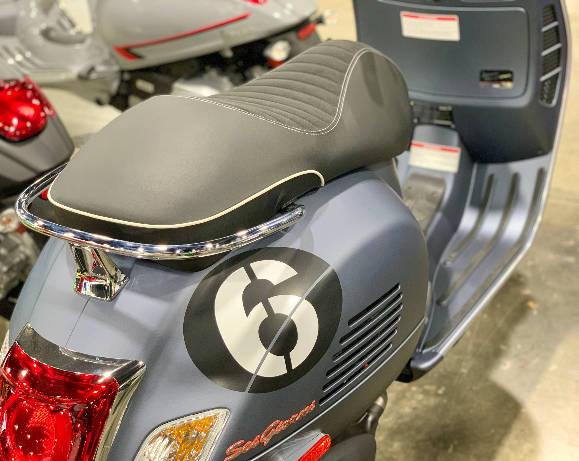 2020 Vespa Sei Giorni 300 HPE in Plano, Texas - Photo 3