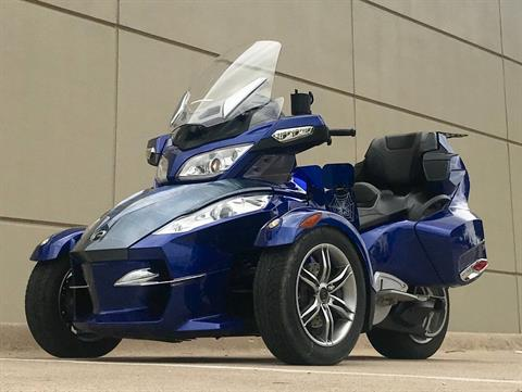 2012 Can-Am Spyder® RT-S SE5 in Plano, Texas