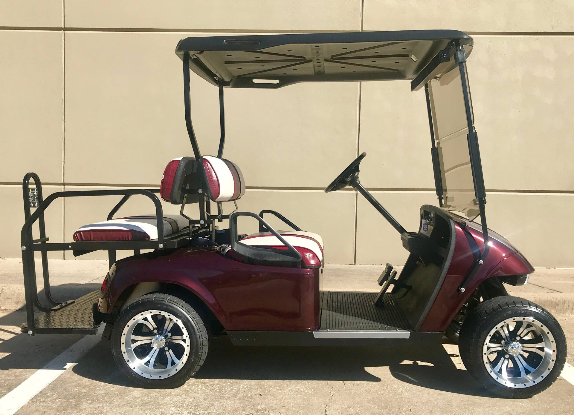2009 E-Z-Go ST Sport 2 + 2 - Electric in Plano, Texas