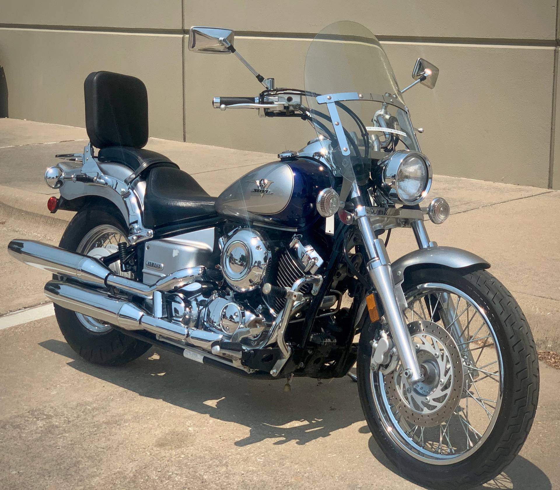 2006 Yamaha V Star 650 Midnight Custom in Plano, Texas - Photo 2