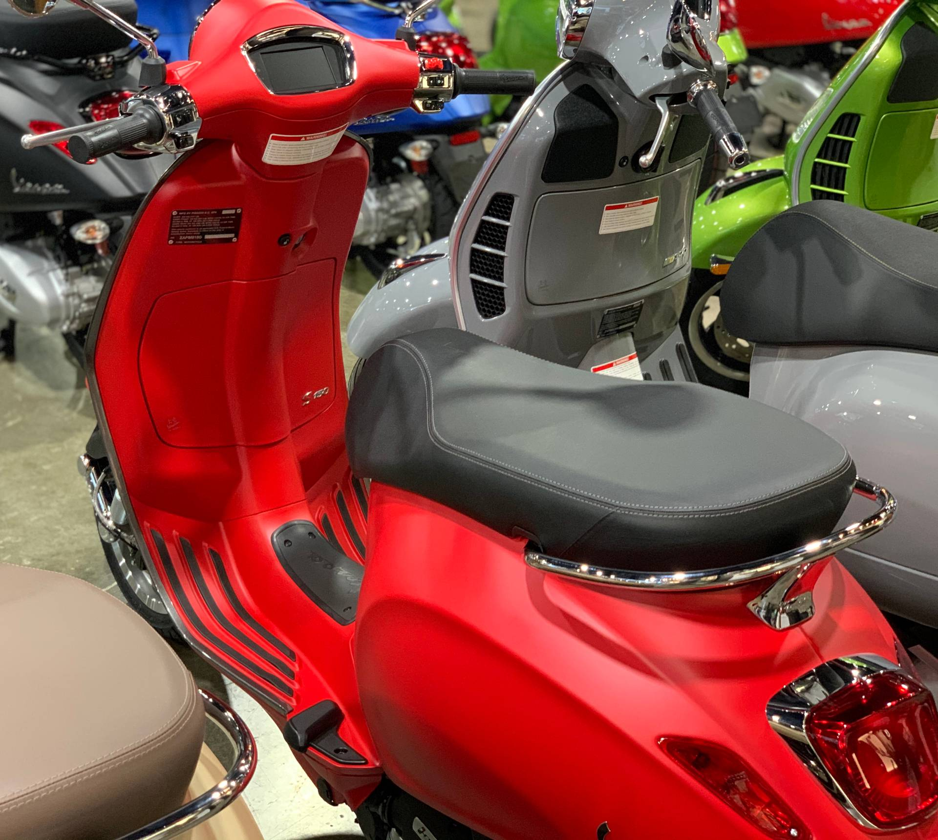 2020 Vespa Primavera 150 Sport in Plano, Texas - Photo 4