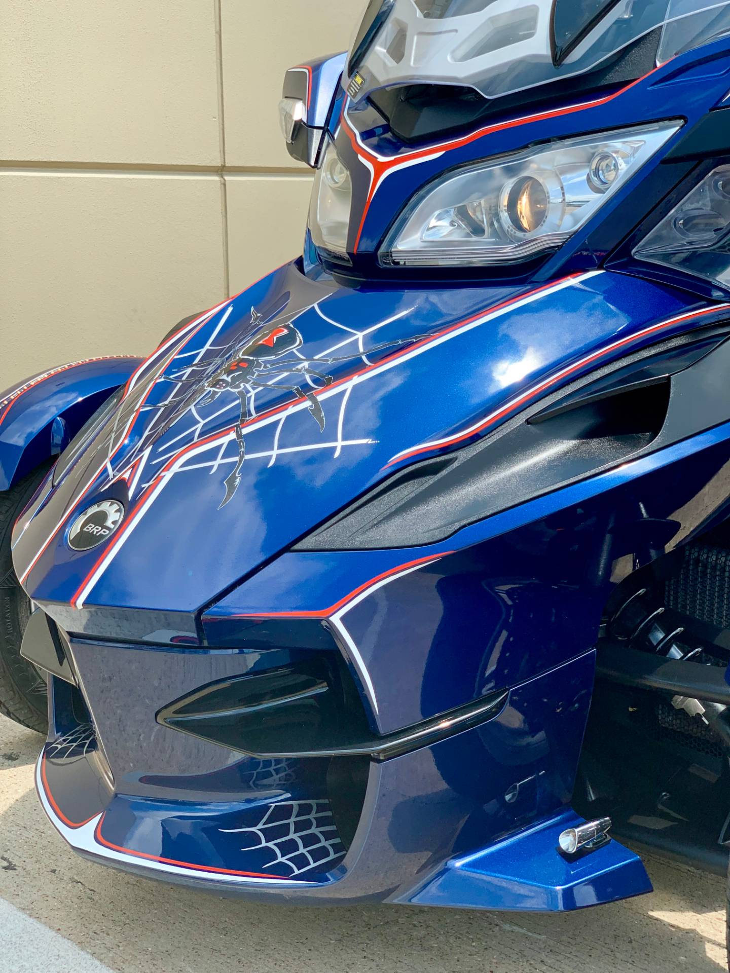2010 Can-Am Spyder® RT Audio & Convenience SE5 in Plano, Texas - Photo 6