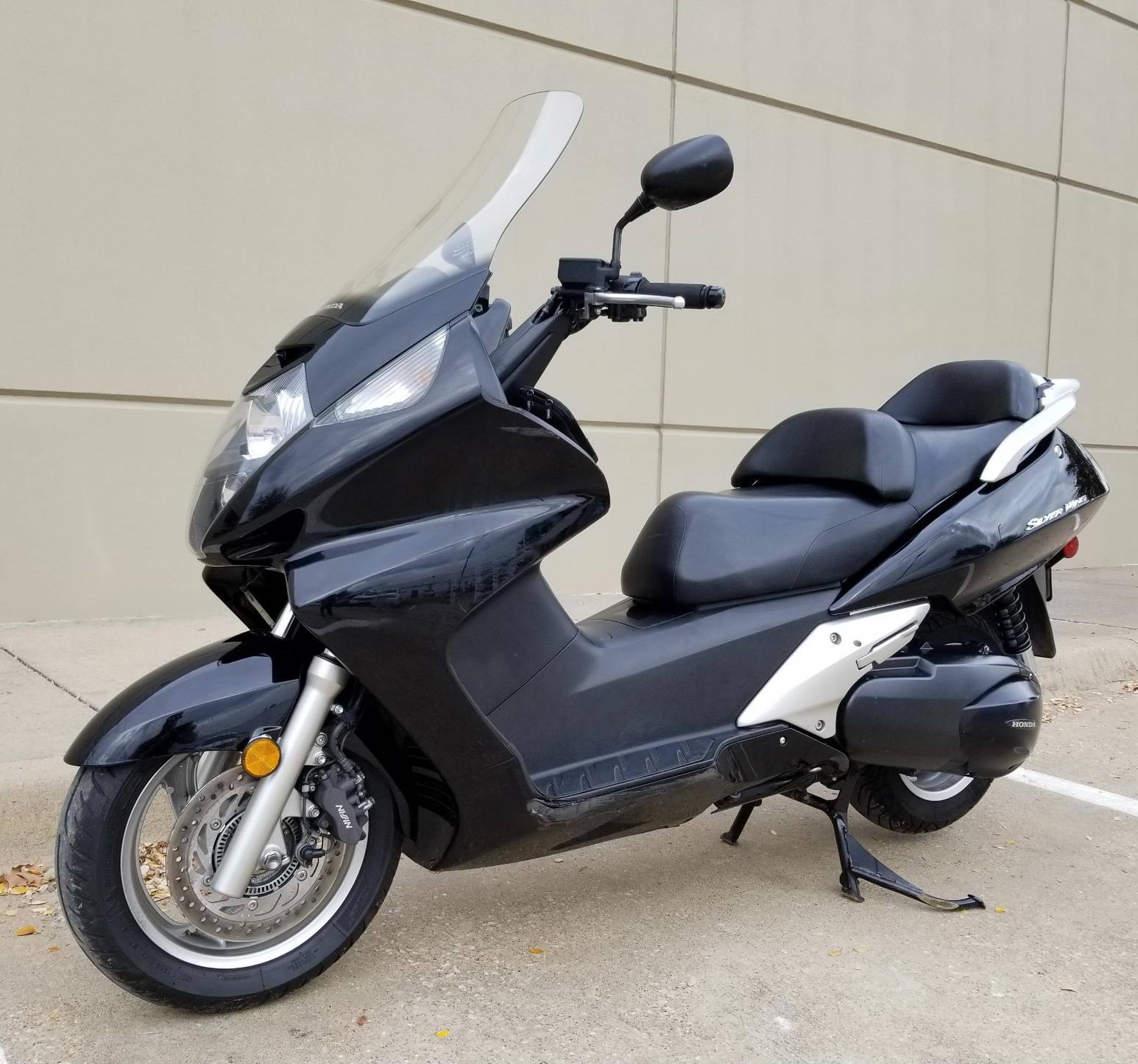 2011 Honda Silver Wing® in Plano, Texas - Photo 3
