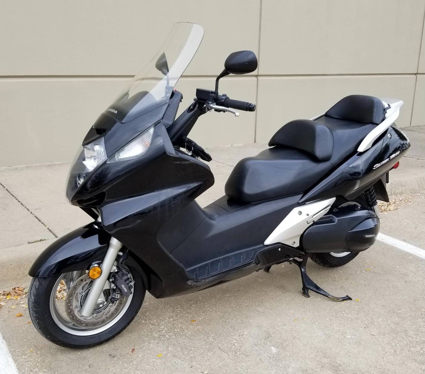2011 Honda Silver Wing® in Plano, Texas - Photo 5